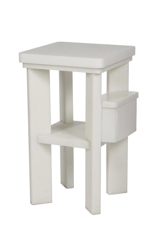 billot en poly thyl ne sur pieds 50x50 cm tom press. Black Bedroom Furniture Sets. Home Design Ideas